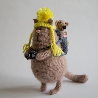 Интерьерная игрушка Кот фотограф-путешественник с другом Мышонком