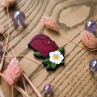 Деревянный значок, брошь - Дэдпул в цветах