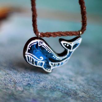 Кулон кит.