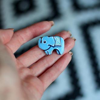 Брошь слон.