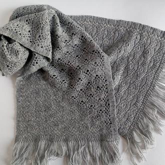 Шаль, палантин, шарф -снуд серый, ажурный вязаный крючком.