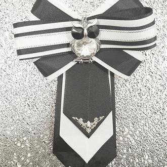 Брошь галстук, трансформер со съемным кулоном, , эксклюзивное украшение.