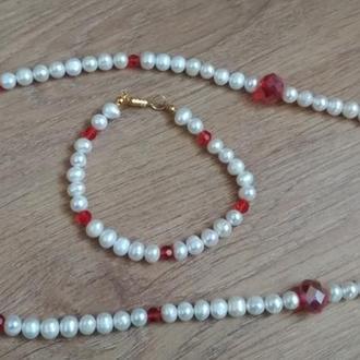 Комплект: намисто і браслет з натурального прісноводних перлів з красныи кришталевими намистинами