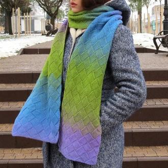 Вязаный шарф шерстяной. Большой шарф с градиентом голубой зеленый сиреневый. Женский шарф в подарок