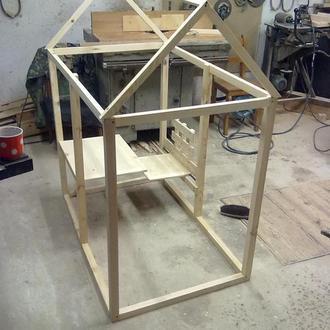 Детский игровой деревянный домик