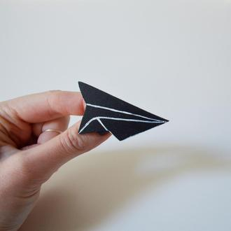 Деревянный значок-брошь Самолетик