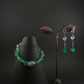 Комплект украшений из хризопраза ,горн.хрусталя и серебра 925 пр.
