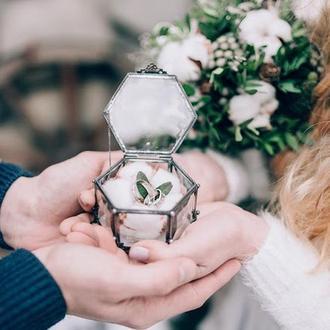 """""""Прикосновение любви"""" маленькая шестиугольная шкатулка"""