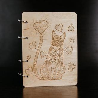 """Блокнот в деревянной обложке """"Кошка"""""""