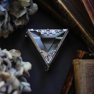 Треугольная шкатулка Светлая