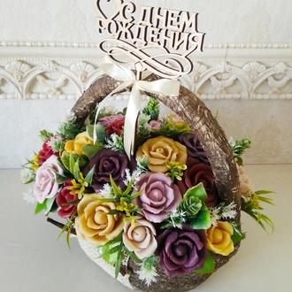 Букет из мыльных роз в корзине
