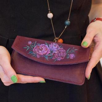 Женский кожаный чехол для телефона с росписью или персонализацией