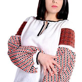 Вышиванка приталенного силуэта с вышивкой гладью, белая