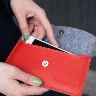 Красный кожаный чехол для телефона ручной работы с тиснением