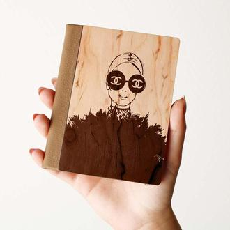 """Деревяная обложка на паспорт """"CHANNEL"""", паспортная обложка, обложка для паспорта с дерева"""