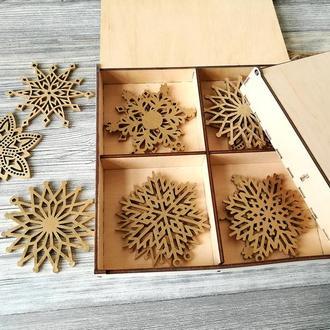Новогодный набор снежинок (8 шт)