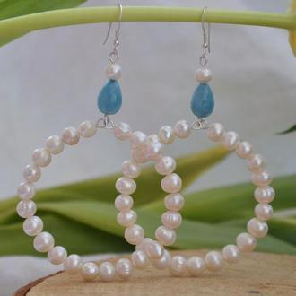 Серебряные серьги - кольца с жемчугом и аквамарином ′Капля неба′