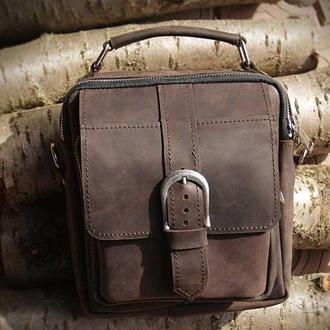 Кожаная сумка-барсетка c ремнем через плече