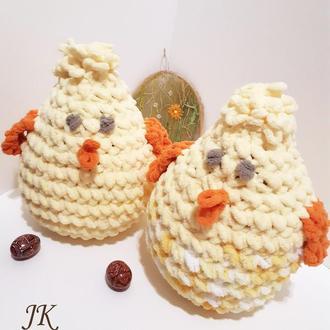 Цыпленок-подушка из плюшевой пряжи