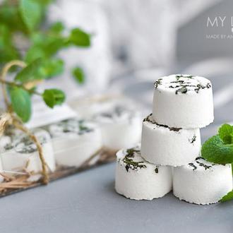 Набор бомбочек для ванны с сухоцветами Naturals Мята