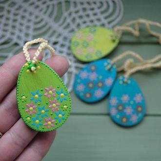 Пасхальные яйца с точечной росписью