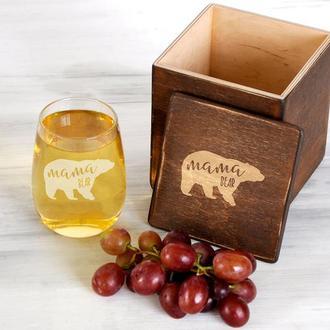 Оригинальный стакан для вина «Мама медведь» с бесплатной гравировкой