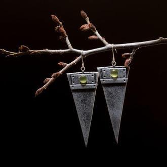 Серьги Иллюзия металла (острый треугольник)