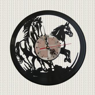 часы декор пара лошадей pair of horses