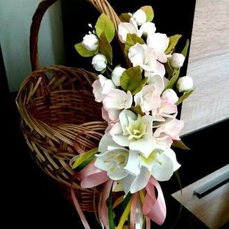"""украшение на корзину """"Весенний цвет"""""""