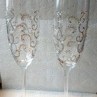 Свадебные бокалы серебро со стразами
