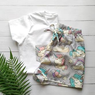 Женская пижама в единороги с белой футболкой