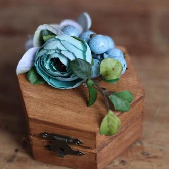 Шкатулка для колец голубая с виноградом