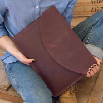 Кожаный чехол марсала для ноутбука с росписью или тиснением