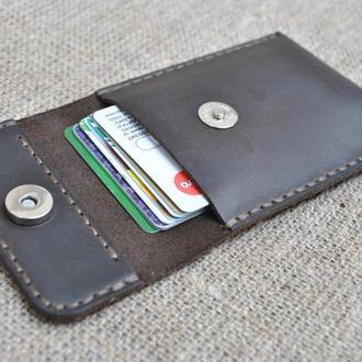 Кожаный карман для карточек и визиток KAR01-450