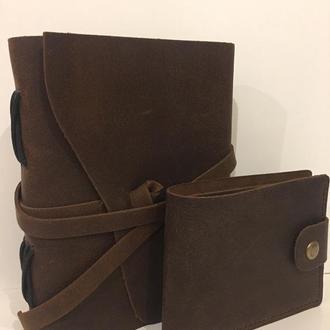 Винтажный блокнот и маленький бумажник из кожи