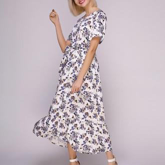 Платье белое в голубые цветы