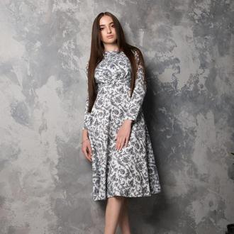 Романтичное гобеленовое платье