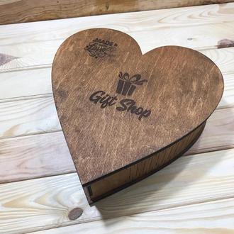 Деревянная коробка в форме сердца. Гравировка под заказ (БЕСПЛАТНО). Коробка в форме сердца.