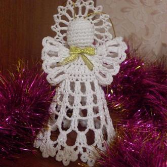 Рождественский ангел  вязаный крючком
