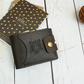 Кожаный кошелек коричневого цвета с гравировкой - Кошелек с собственным гравировкой, инициалы