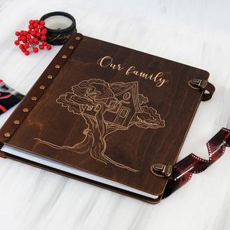 Персонализированный семейный деревянный альбом для фотографий с магнитными листами «Our family»