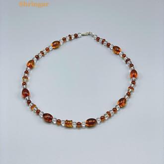 Ожерелье с коньячного янтаря и горного хрусталя
