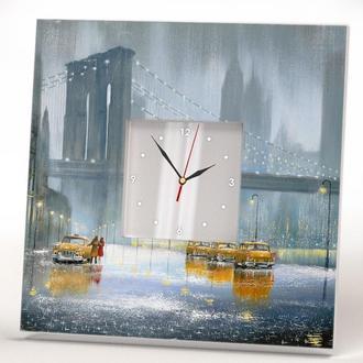 """Настенные часы с оригинальным декором """"Нью-Йорк Желтые такси Бруклинский мост"""""""
