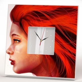 """Настенные часы """"Девушка с рыжими волосами"""""""