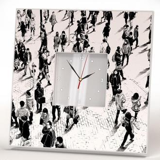 "Настенные часы ""Толпа людей"""