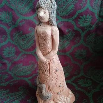 Керамическая статуэтка Девушка