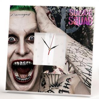 """Настенные часы в современном дизайне """"Джокер"""""""