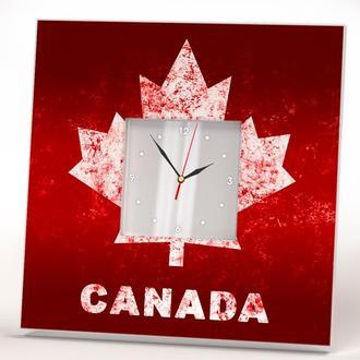 """Настенные часы """"Канадский кленовый лист"""""""