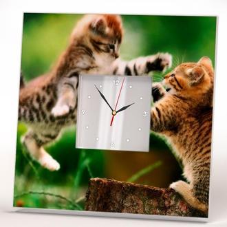 """Настенные часы с зеркалом """"Играющиеся котята"""""""