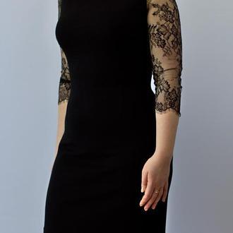 Коктейльное платье с кружевом, черное